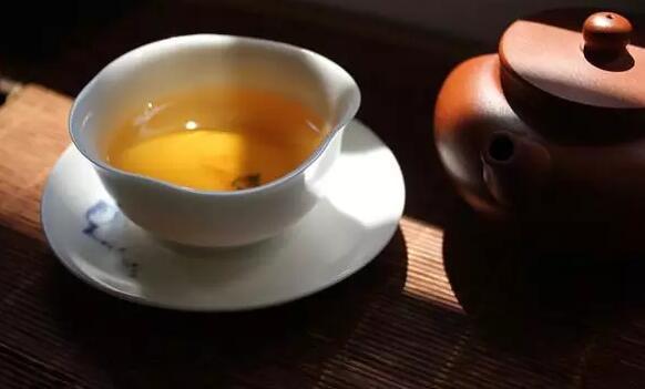 """普洱茶没泡好?口感不佳?不妨让它先""""醒一醒""""!"""