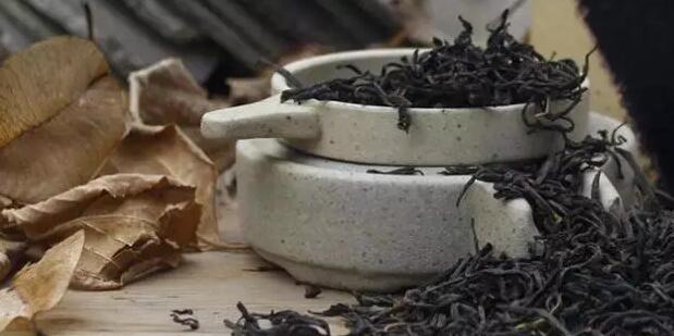 正山小种是哪种茶树制作的?