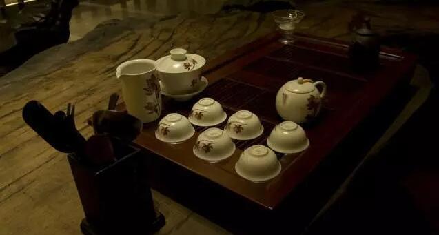 陶瓷茶具怎么保养?其实很简单