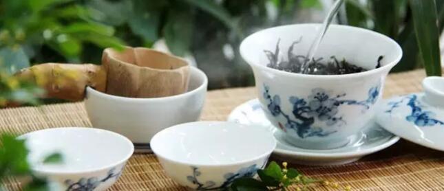 为何凤凰单枞茶苦涩味重?口感这么让人难以接受。
